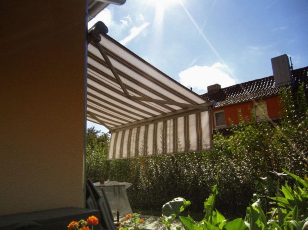 Markise Streifen | SAGA Raumausstattung Aschaffenburg | Gardinen, Bodenbelag, Sonnenschutz, Pergola, Rolladen, Insektenschutz und Wasserschaden