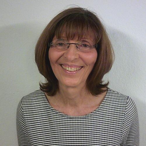 Frau Gaby Wanner | SAGA ist seit 50 Jahren Spezialist für Gardinen, Bodenbelag, Sonnenschutz, Sonnensegel, Markisen, Pergola, Rolladen, Insektenschutz, Wasserschaden, Renovierung und Raumausstattung in Aschaffenburg