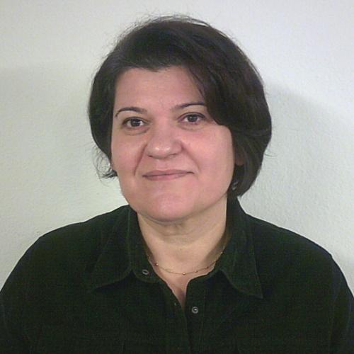 Frau Hatice Tuncer | SAGA ist seit 50 Jahren Spezialist für Gardinen, Bodenbelag, Sonnenschutz, Sonnensegel, Markisen, Pergola, Rolladen, Insektenschutz, Wasserschaden, Renovierung und Raumausstattung in Aschaffenburg