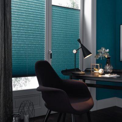 Plissee | SAGA Raumausstattung ist Spezialist für Gardinen, Bodenbelag, Sonnenschutz, Markisen, Pergola, Rolladen, Insektenschutz und Wasserschaden in Aschaffenburg