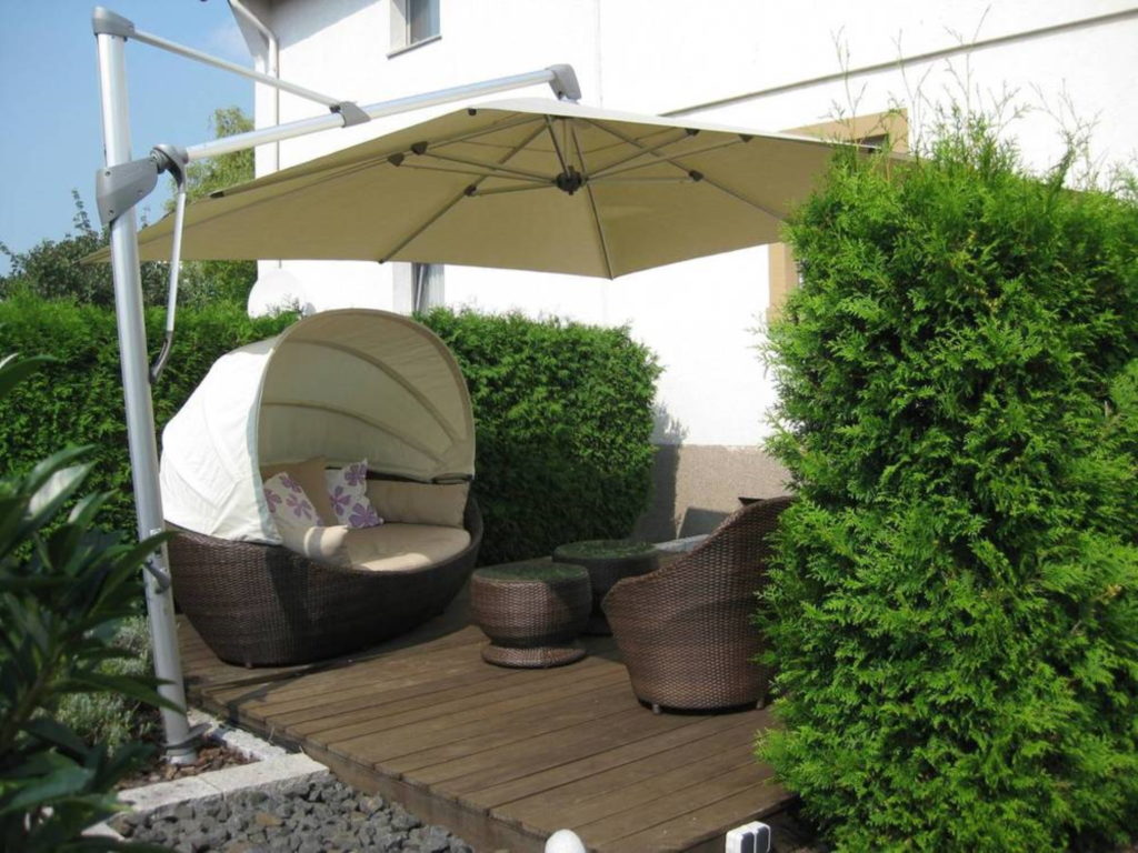 Sonnenschirme möbel | SAGA Raumausstattung Aschaffenburg | Gardinen, Bodenbelag, Sonnenschutz, Pergola, Rolladen, Insektenschutz und Wasserschaden