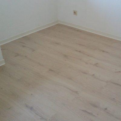 Laminat | SAGA Raumausstattung ist Spezialist für Gardinen, Bodenbelag, Sonnenschutz, Markisen, Pergola, Rolladen, Insektenschutz und Wasserschaden in Aschaffenburg