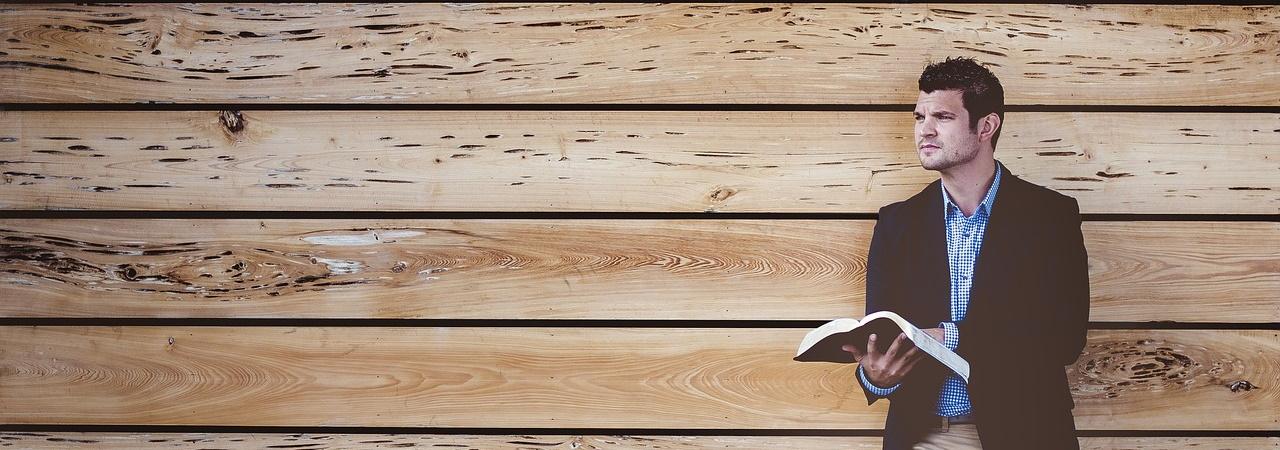 Bodenbelag in Alzenau | Raumausstattung, Gardinen, Bodenbelag, Sonnenschutz, Markisen, Pergola, Rolladen, Insektenschutz und Wasserschaden in Aschaffenburg