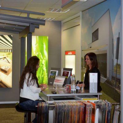 Ausstellung | SAGA Raumausstattung ist seit 50 Jahren Spezialist für Gardinen, Bodenbelag, Sonnenschutz, Sonnensegel, Markisen, Pergola, Rolladen, Insektenschutz, Renovierung und Wasserschaden in Aschaffenburg