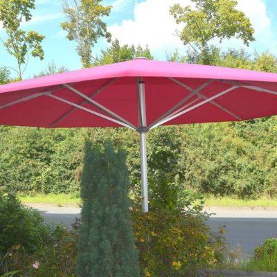 Sonnenschirm | SAGA Raumausstattung ist seit 50 Jahren Spezialist für Gardinen, Bodenbelag, Sonnenschutz, Sonnensegel, Markisen, Pergola, Rolladen, Insektenschutz, Renovierung und Wasserschaden in Aschaffenburg