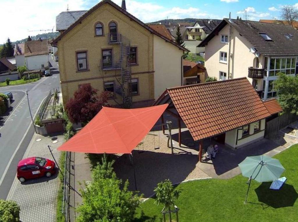 Markisen Stadt Sonnensegel Segel | SAGA Raumausstattung Aschaffenburg | Gardinen, Bodenbelag, Sonnenschutz, Pergola, Rolladen, Insektenschutz und Wasserschaden