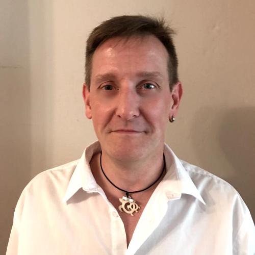 Herr Frank Kullmann | SAGA ist seit 50 Jahren Spezialist für Gardinen, Bodenbelag, Sonnenschutz, Sonnensegel, Markisen, Pergola, Rolladen, Insektenschutz, Wasserschaden, Renovierung und Raumausstattung in Aschaffenburg