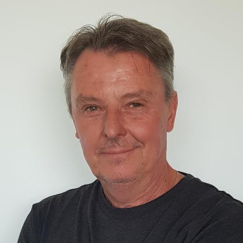 Herr Thomas Hildmann | SAGA ist seit 50 Jahren Spezialist für Gardinen, Bodenbelag, Sonnenschutz, Sonnensegel, Markisen, Pergola, Rolladen, Insektenschutz, Wasserschaden, Renovierung und Raumausstattung in Aschaffenburg